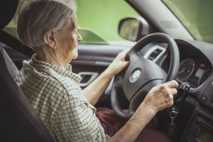 Senior Care Longwood FL - How to Know When Elderly Adults Should Stop Driving